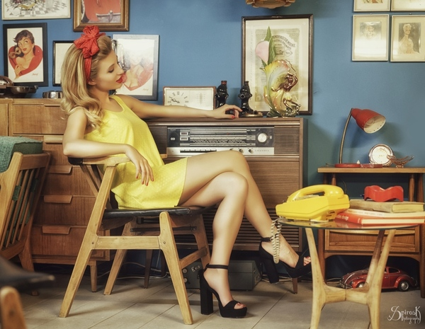 Housewife in Yellow with Ellie Rousou